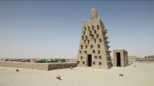 malis fabled city of timbuktu on thursday celebrated the recovery of its historic mausoleums destroyed during an islamist takeover of northern mali... - unesco stock videos & royalty-free footage