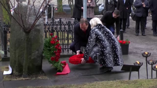 maltese prime minister joseph muscat and his swedish counterpart stefan lofven visit the grave of former swedish prime minister olof palme, who was... - cemetery stock videos & royalty-free footage