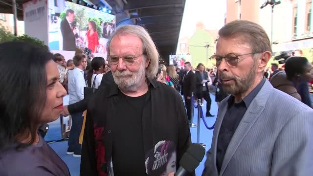 stockvideo's en b-roll-footage met 'mamma mia here we go again' red carpet london premiere arrivals and interviews england london benny andersson and bjorn ulvaeus interview sot /... - signeren