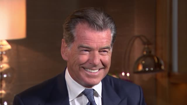 'Mamma Mia Here We Go Again' red carpet premiere ENGLAND London INT Pierce Brosnan interview SOT