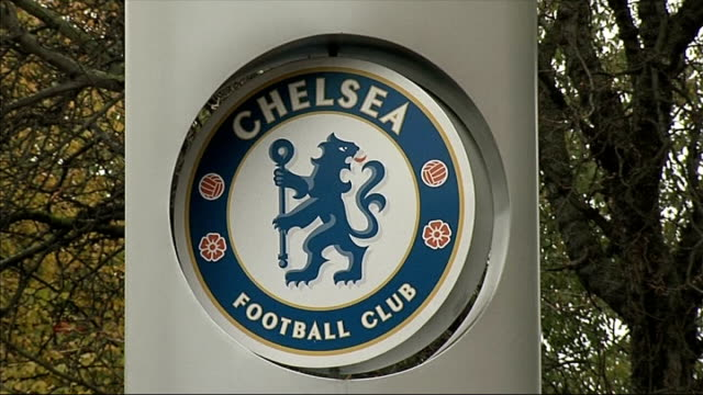 man arrested on suspicion of racially abusing woman after chelsea v norwich match t22011215 stamford bridge chelsea fc crest outside stamford bridge... - スタンフォードブリッジ点の映像素材/bロール