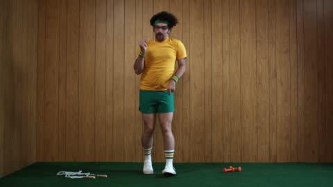 ws man dancing, atlanta, georgia, usa - one person stock-videos und b-roll-filmmaterial
