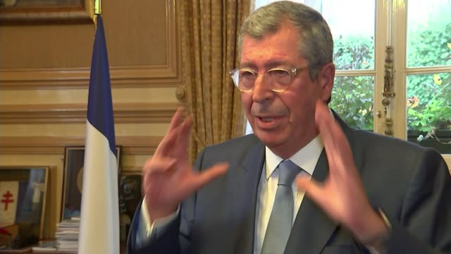 man drives car into group of soldiers in paris paris levalloisperret district int patrick balkany interview sot french soldiers on patrol outside... - richard pallot stock-videos und b-roll-filmmaterial