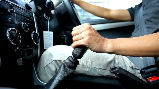 man 駆動車 - シートベルト点の映像素材/bロール