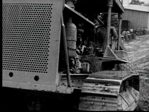 1935 ms man driving construction vehicle at construction site/ pittsburgh, pennsylvania - construction vehicle stock videos & royalty-free footage