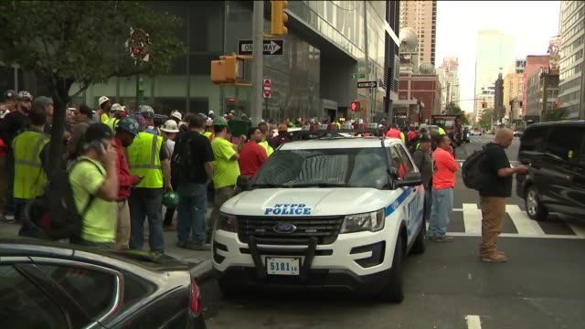 wpix a man fatally shot the supervisor who fired him days prior then killed himself at a construction site in manhattan near west 59th street between... - hell's kitchen stock videos and b-roll footage