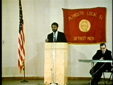 vídeos de stock, filmes e b-roll de ws, man having speech at union workers meeting, 1960's, detroit, michigan, usa - 1960 1969
