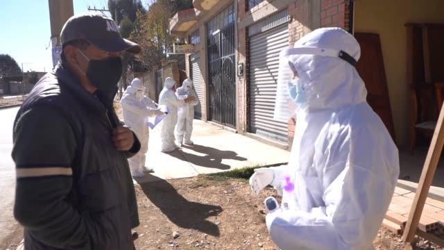 BOL: Door To Door Screening For Coronavirus Symptoms Of El Alto Neighbors