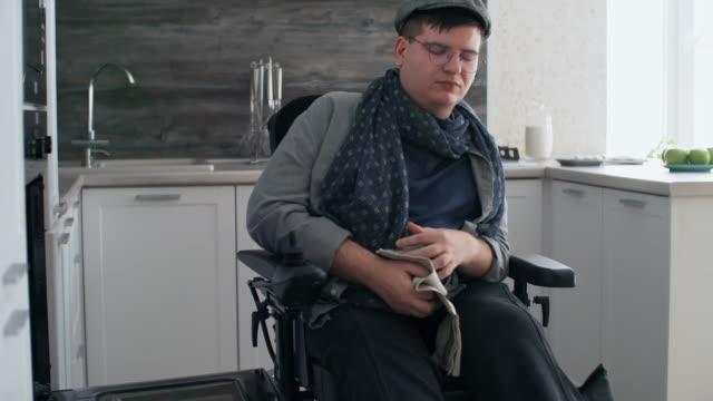 man in wheelchair baking - baking sheet stock videos & royalty-free footage