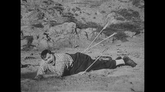 1918 Man (Fatty Arbuckle) is hunted by Native American Indians