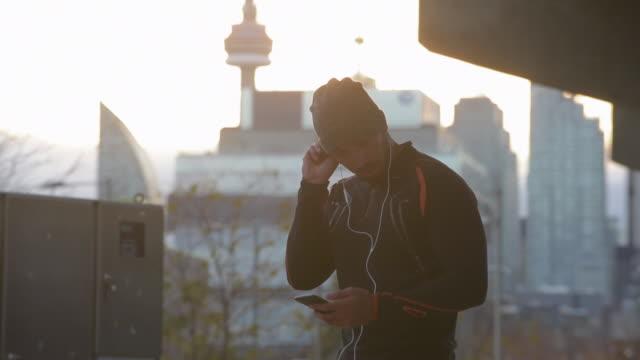 man jogging in urban setting - toronto stock videos & royalty-free footage