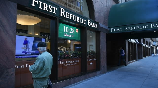 Man looks into First Republic Bank window in San Francisco California on Friday March 31 2017