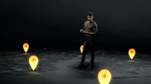 man on virtual map - 方向 個影片檔及 b 捲影像
