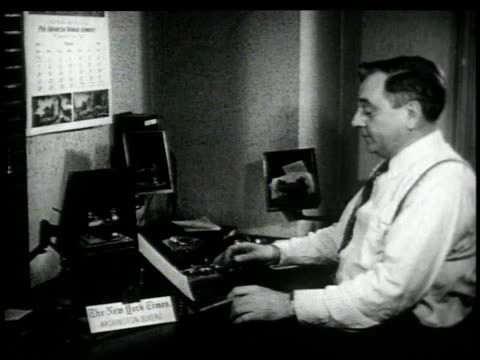 vidéos et rushes de 1948 montage man operating morse code transmitter / washington, d.c., united states - journalist