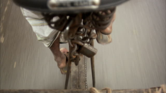 pov, ha, cu, man pedaling in rickshaw, bangladesh - rickshaw stock videos & royalty-free footage