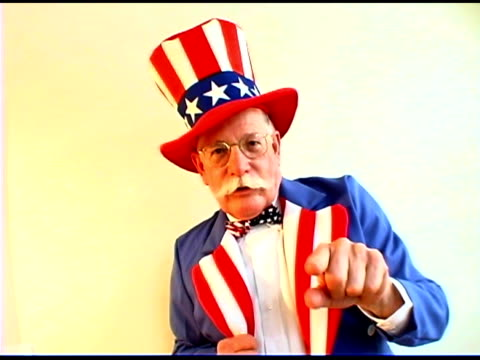man pointing in uncle same costume - uncle sam stock videos & royalty-free footage