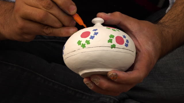 man sitting and painting a kashmir powder box - papier stock videos & royalty-free footage