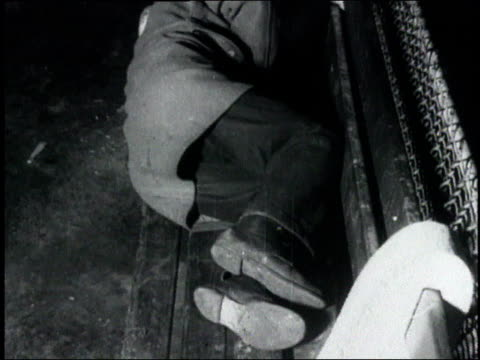 man sleeping on bench / usa - 1932 stock-videos und b-roll-filmmaterial