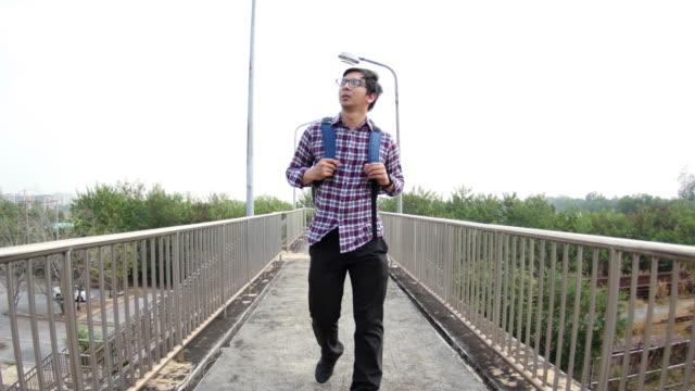 4K : Man walking on corridor