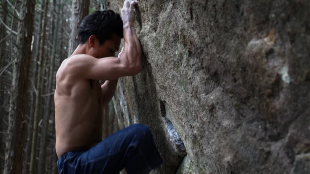 man who boulder - mountaineering stock videos & royalty-free footage