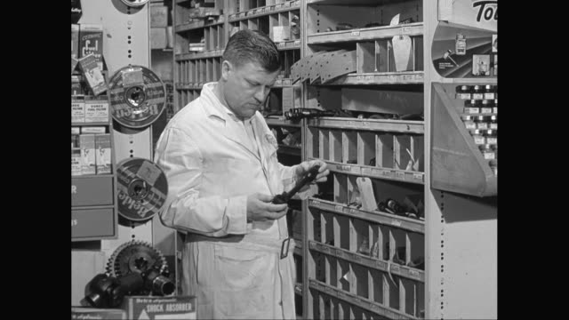 MS Man working in hardware store / United States