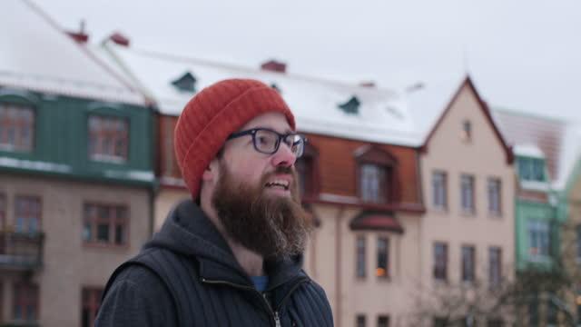 en man som arbetar i snö - peter snow bildbanksvideor och videomaterial från bakom kulisserna