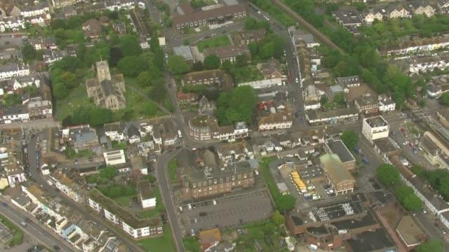 shoreham raid aerials england west sussex shorehambysea police outside shoreham flat - ショーハム・バイ・シー点の映像素材/bロール