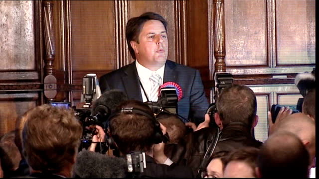 manchester manchester town hall photography *** nick griffin onto stage as jeered and booed by audience sot supporters of other parties leaving hall... - griffin stock videos & royalty-free footage