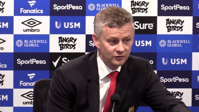 Manchester United manager Ole Gunnar Solskjaer says his team's performance against Everton was 'difficult to describe' because it was 'so bad'...