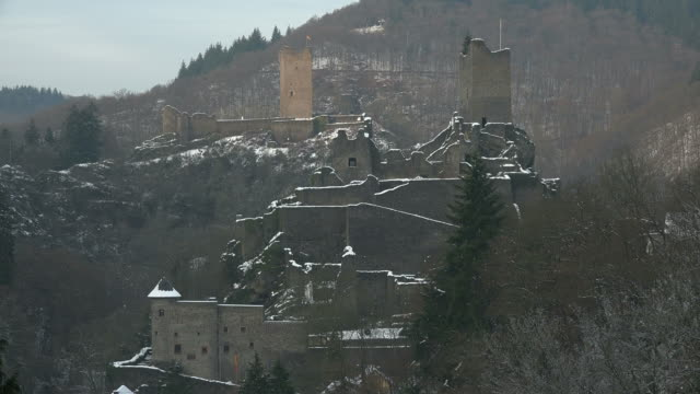 Manderscheid Castles in winter, Vulkaneifel, Eifel, Rhineland-Palatinate, Germany