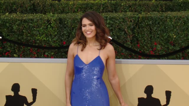 Mandy Moore at the 24th Annual Screen Actors Guild Awards at The Shrine Auditorium on January 21 2018 in Los Angeles California