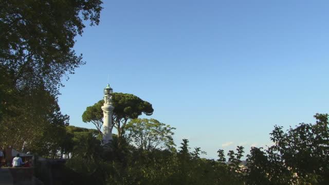 vidéos et rushes de ws, zi, manfredi lighthouse, janiculum, rome, italy - style néoclassique
