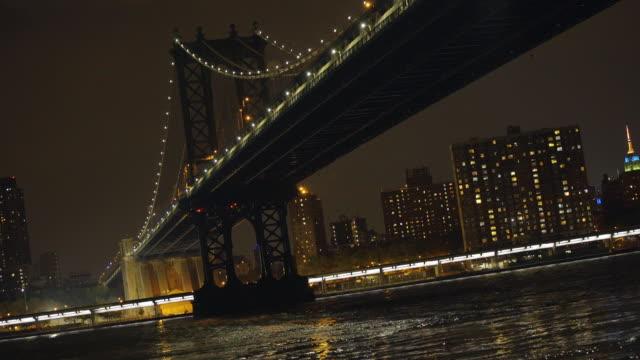 Manhattan Bridge at night - establishing shot