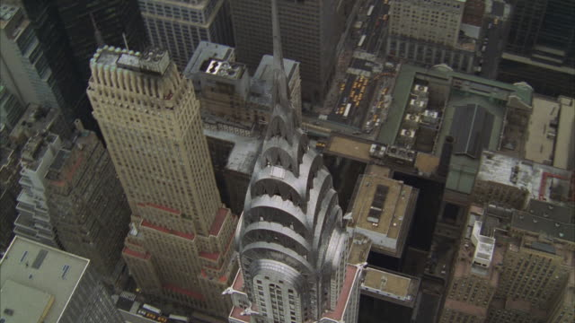 aerial, manhattan, new york city, new york, usa - chrysler building stock-videos und b-roll-filmmaterial
