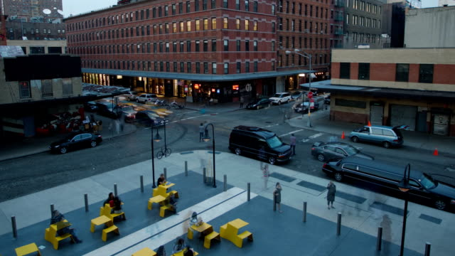 manhattan ny chelsea area intersection timelapse - chelsea new york stock videos & royalty-free footage