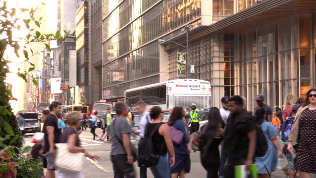 Manhattan Fußgängerüberweg auf der 42nd Street