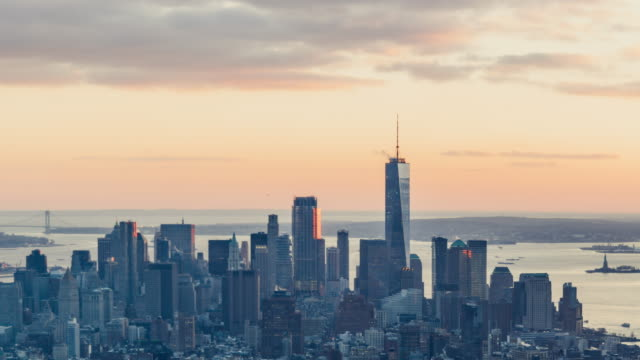 t/l td manhattan skyline, from sunset to dusk - infinity stock videos & royalty-free footage
