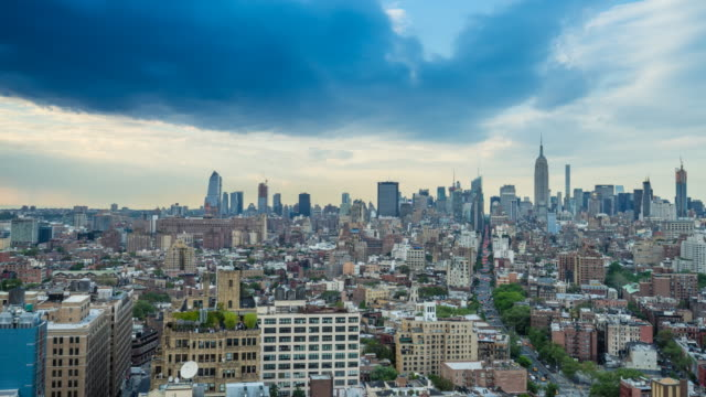 manhattan skyline with stormy rolling clouds, time lapse - chelsea new york stock videos & royalty-free footage