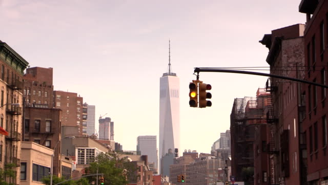 マンハッタンの信号で、west ヴィラージュニューヨーク市 - 色が変わる点の映像素材/bロール