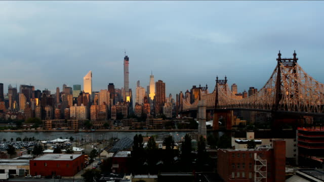 manhattan sunrise - river east stock videos & royalty-free footage