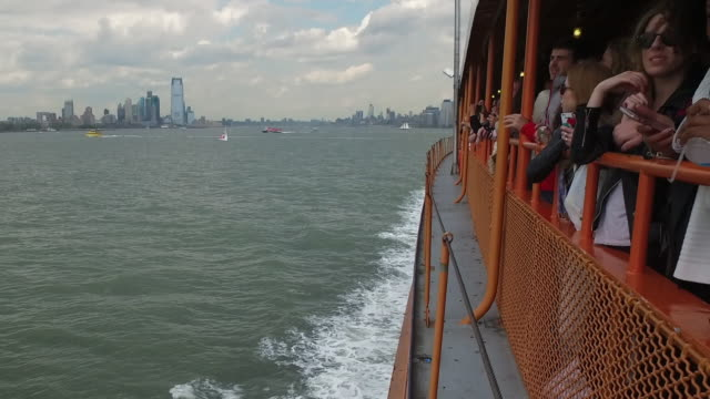 manhattan viewed from staten island ferry boat - staten island stock videos and b-roll footage