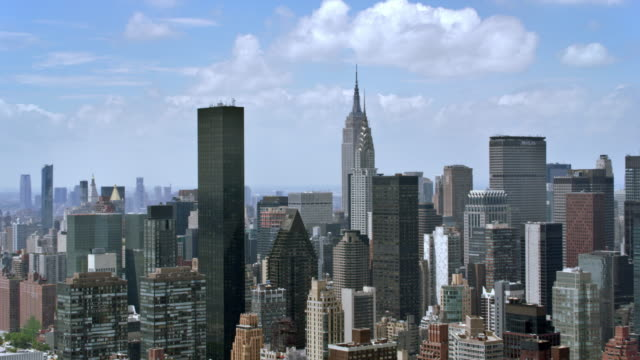 aerial manhattan with chrysler building and empire state building - aircraft point of view stock videos & royalty-free footage