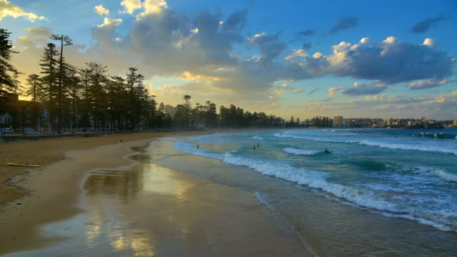 manly beach, manly, nsw, australia at sunset - tide stock videos & royalty-free footage