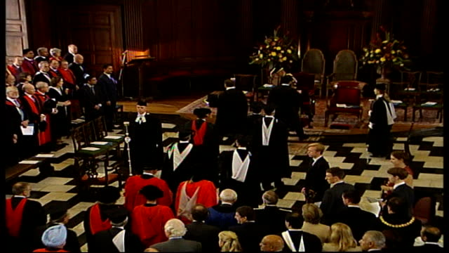 manmohan singh receives honorary degree; england: cambridgeshire: university of cambridge: int **music heard intermittently** high angle view of... - cambridge university stock videos & royalty-free footage
