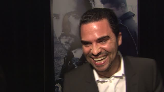 manny perez on colin farrell, on working with gavin o'connor, on being from washington heights which helped prepare him for his character. at the... - colin farrell stock videos & royalty-free footage