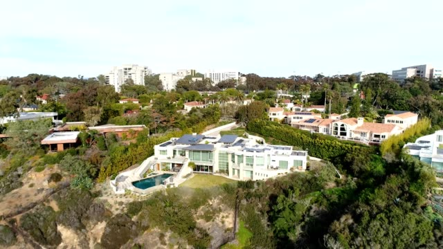 mansions in the san diego neighborhood of la jolla, california - stately home stock videos & royalty-free footage