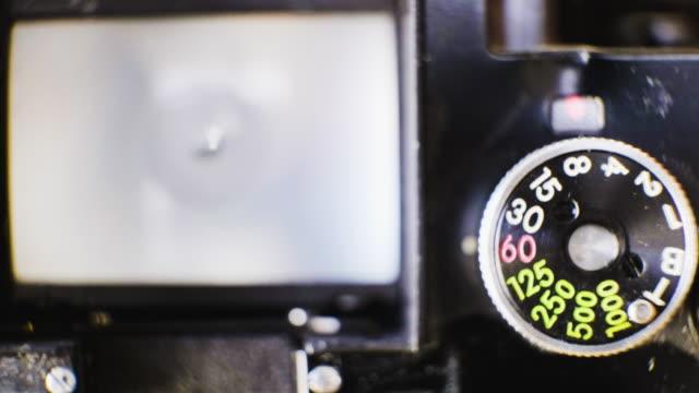 stockvideo's en b-roll-footage met handmatige camera bediening - luik architectonisch element