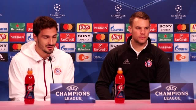 Manuel Neuer and Mats Hummels speak about the game against Arsenal and also talk about Mesut Ozil who has been criticised for poor performances...