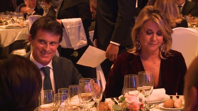 manuel valls galfetti and susana gallardo attend the '67th premio planeta' literature award, the most valuable literature award in spain with 601,000... - planeta点の映像素材/bロール