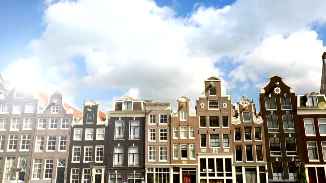 Many old houses in Amsterdam, time lapse
